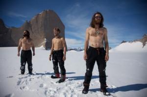 """Antarktiszi expedíció a Huber testvérekkel: """"Skywalk"""" (7- 450m), """"Eiszeit"""" (7+/A4 750m), Sound of Silence (8-/A2)"""