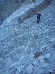 Fincsi lefagyott hófolt